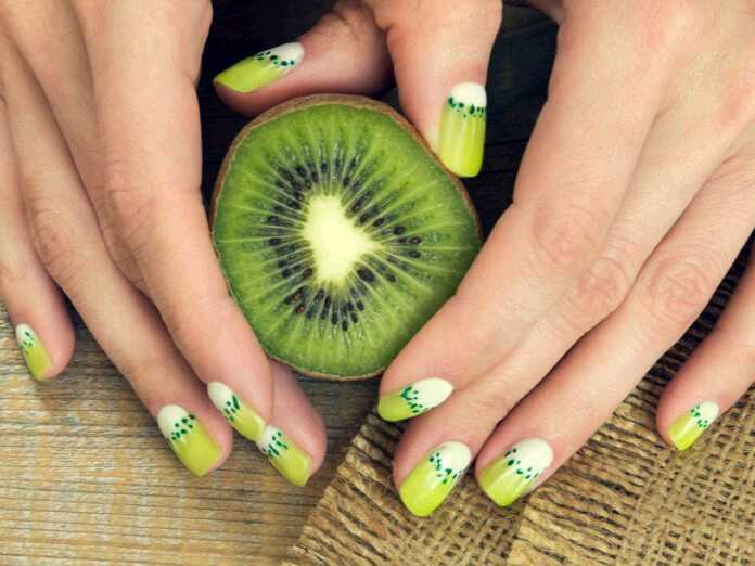 Should you eat kiwi skins